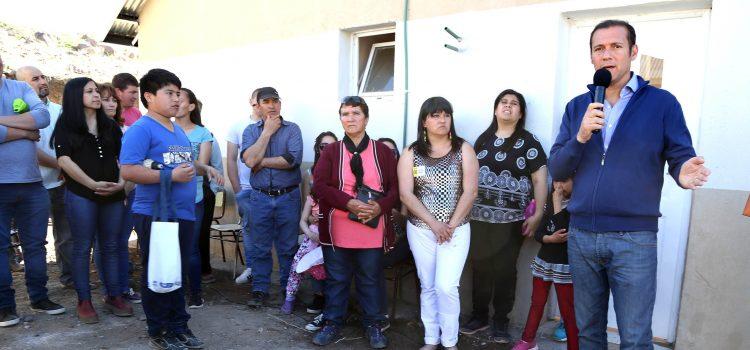 Entrega de viviendas en Andacollo